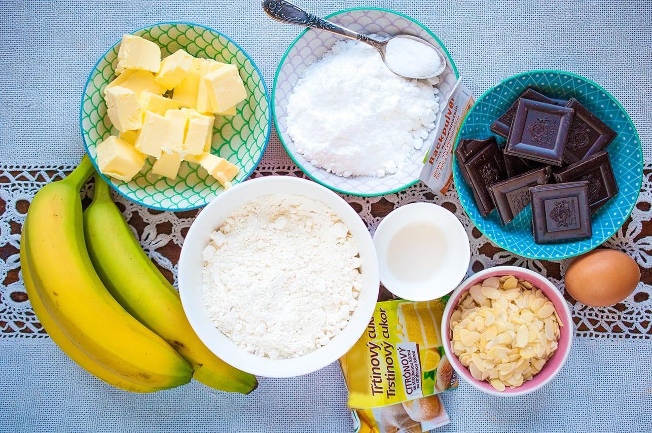 Ingrediencie na banánový koláč