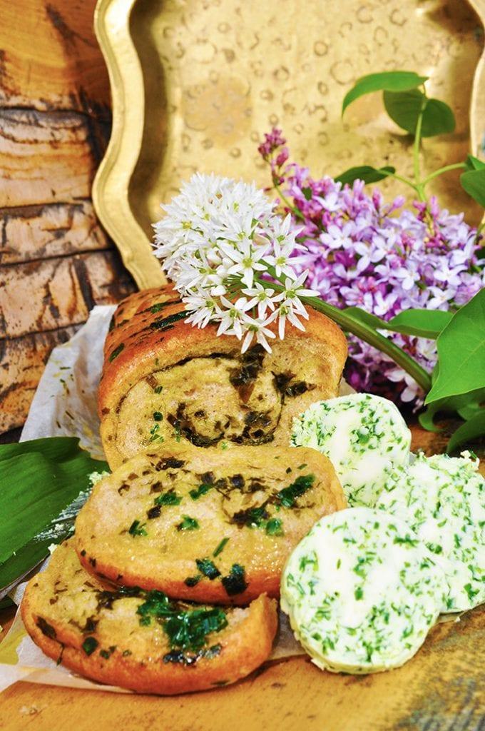 Recept na chlieb s medvedím cesnakom