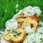 Chlieb s medvedím cesnakom recept