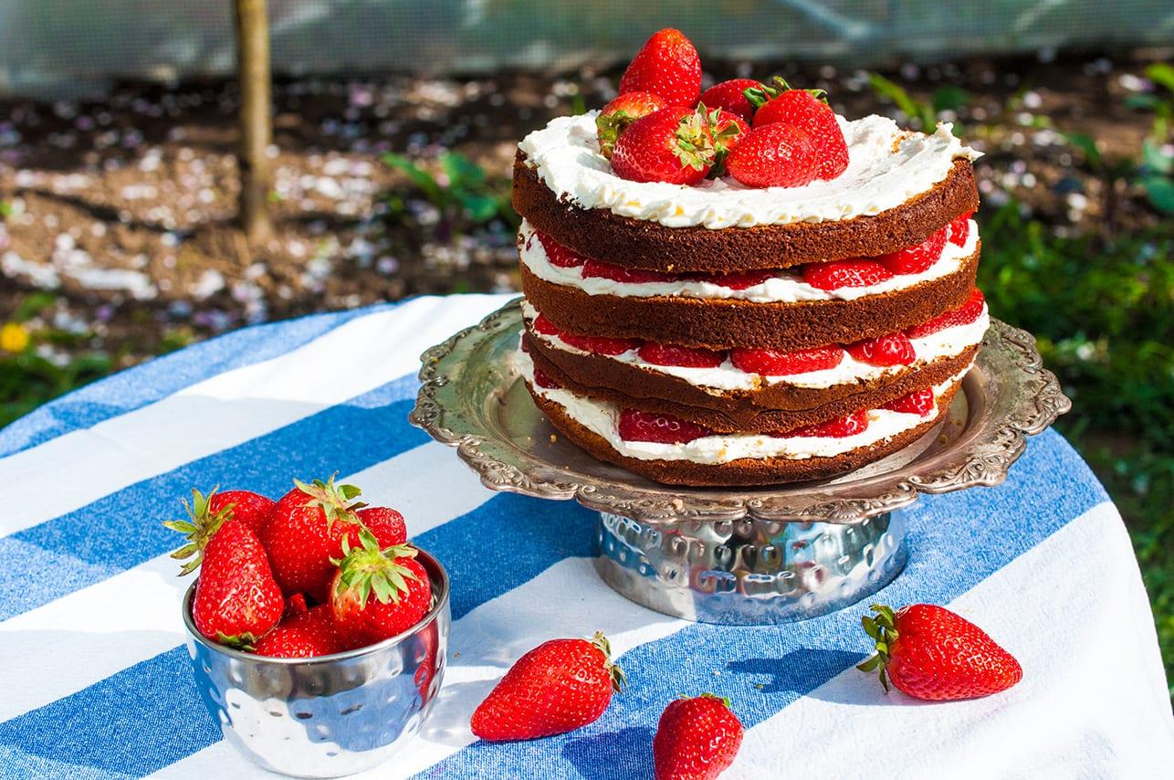 jahodova torta s mascarpone
