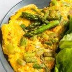 špargľová omeleta recept