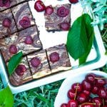 cheesecake brownies s čerešňami