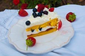 jahodová torta so šľahačkou recept