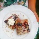 letný ovocný koláč s posýpkou recept