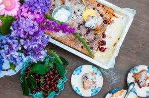 mramorová čerešňová bublanina s kefírom recept